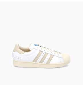 Cream White Superstar