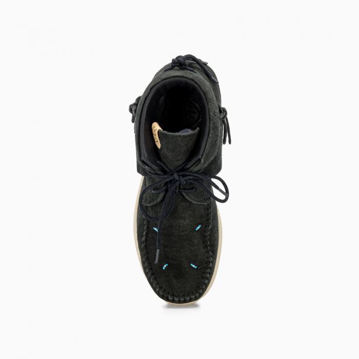Lhamo suede chukka boots
