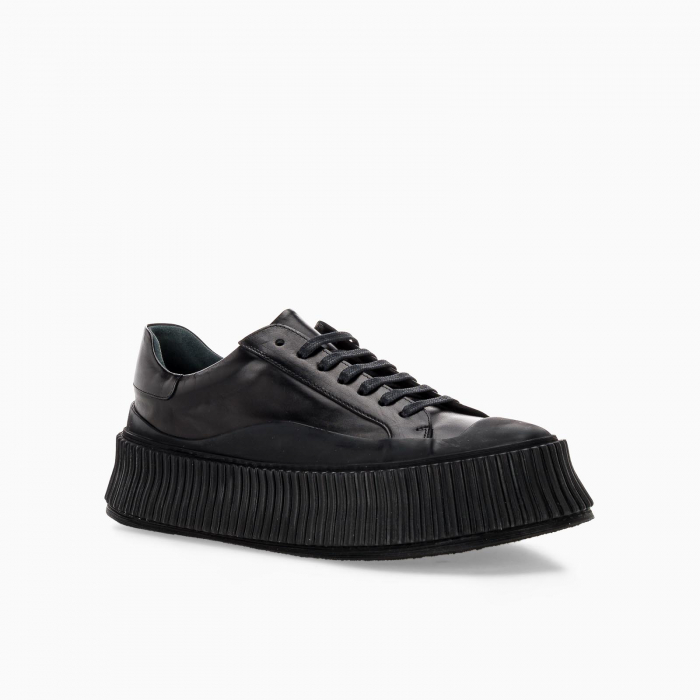 Black leather Low top Sneaker