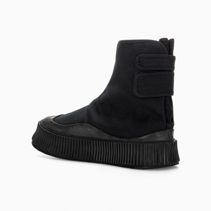 Semi-lined boot sneakers